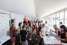 Over 2,000 shoppers at the COURTGIRL LIFESTYLE EXPERIENCE