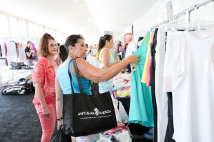 Shopping at COURTGIRL LIFESTYLE EXPERIENCE